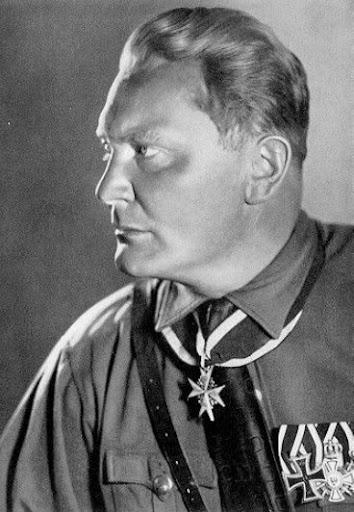 Göring.jpg (JPEG-Grafik, 354x512 Pixel) - Skaliert (96%)