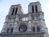 Un vistazo más cercano a la fachada