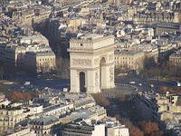 El Arco del Triunfo, ahora visto desde lo alto de la torre
