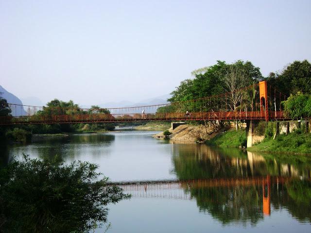 Orange Bridge, Symbolic of Vang Vieng