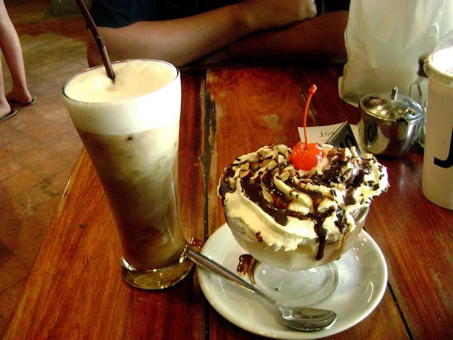 Choco-Banana and Icecream at Joma in Luang Prabang