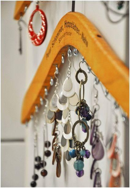 Noticias 24h decoracion arte bricolaje otra forma de ordenar pendientes - Colgadores de pendientes ...