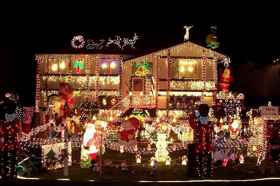 Cool Christmas Lights Seen On