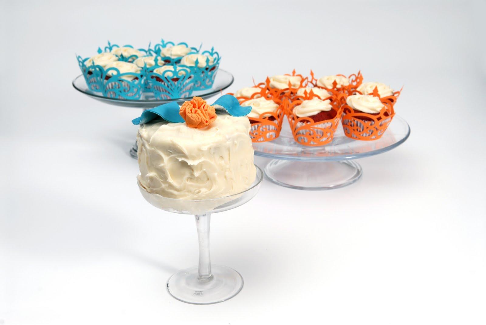 freshly baked cupcakes,
