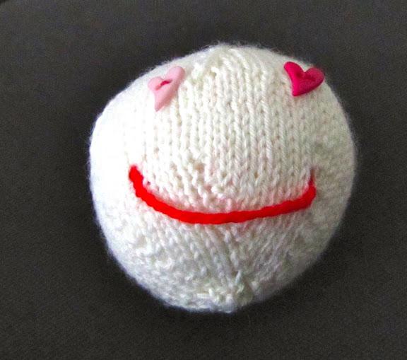 http://lh4.googleusercontent.com/_uNPSjRtrQS0/TVfaz7AhejI/AAAAAAAAAGk/kM2DrKBPLbo/s576/Smiley2.JPG