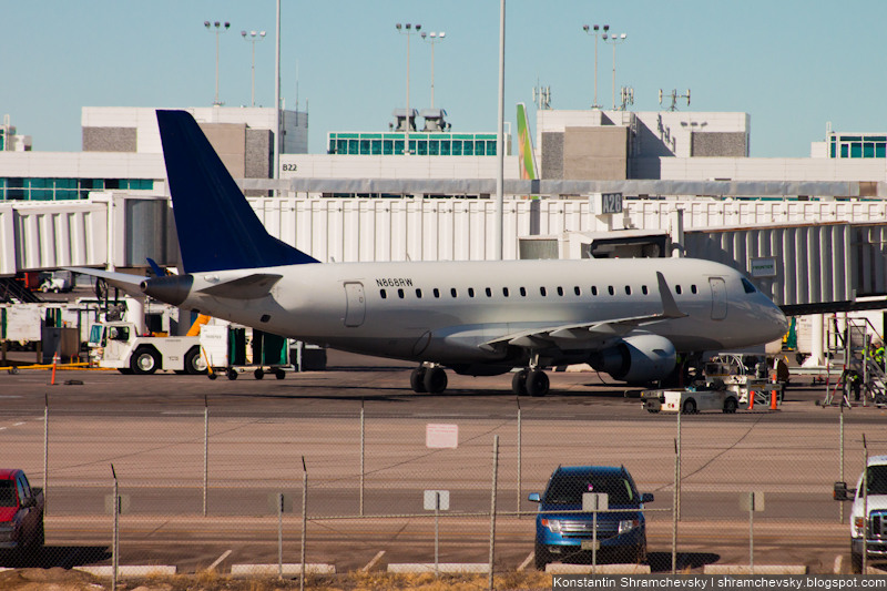 USA Colorado Denver International Airport Republic Airlines Embraer 170-700SE N868RW США Колорадо Денвер Международный Аэропорт Репаблик Эйрлайнз Эмбраер 170-100СЕ