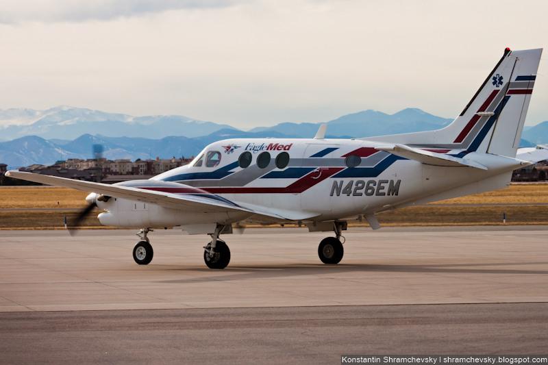 USA Colorado Denver Centennial Airport Tower США Колорадо Денвер Сентенниал Аэропорт APA KAPA Beechcraft King Air 90