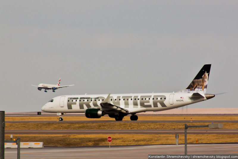USA Colorado Denver International Airport Frontier Airlines Embraer 190 N162HL Wolf США Колорадо Денвер Международный Аэропорт Фронтир Эйрлайнз Эйрбас Эмбраер 190 Волк