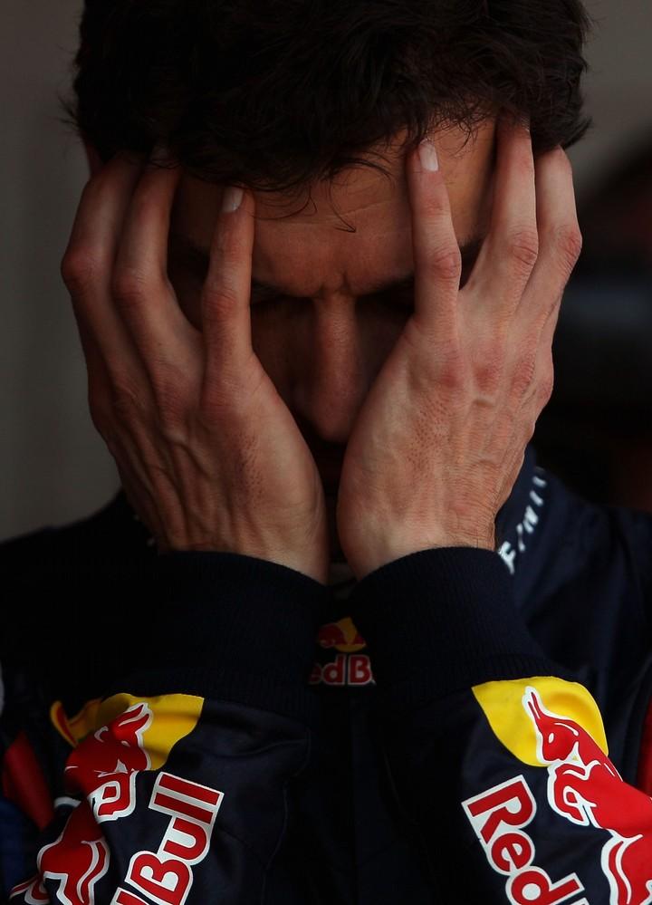массивный фэйспалм Марка Уэббера после квалификации на Гран-при Испании 2011