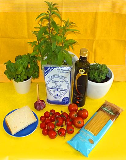Sizilianischen Küche - Pasta Primavera - Ein Rezept von Maria Carnevale