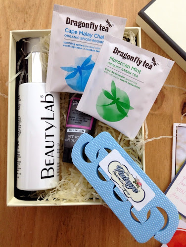 You Beauty Discovery Box March 2014