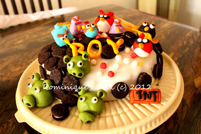 Doggie boy's birthday cake