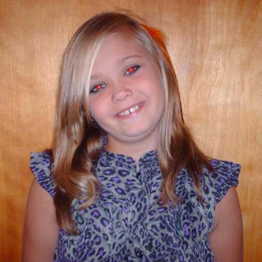 Hannah Powers Photo 21