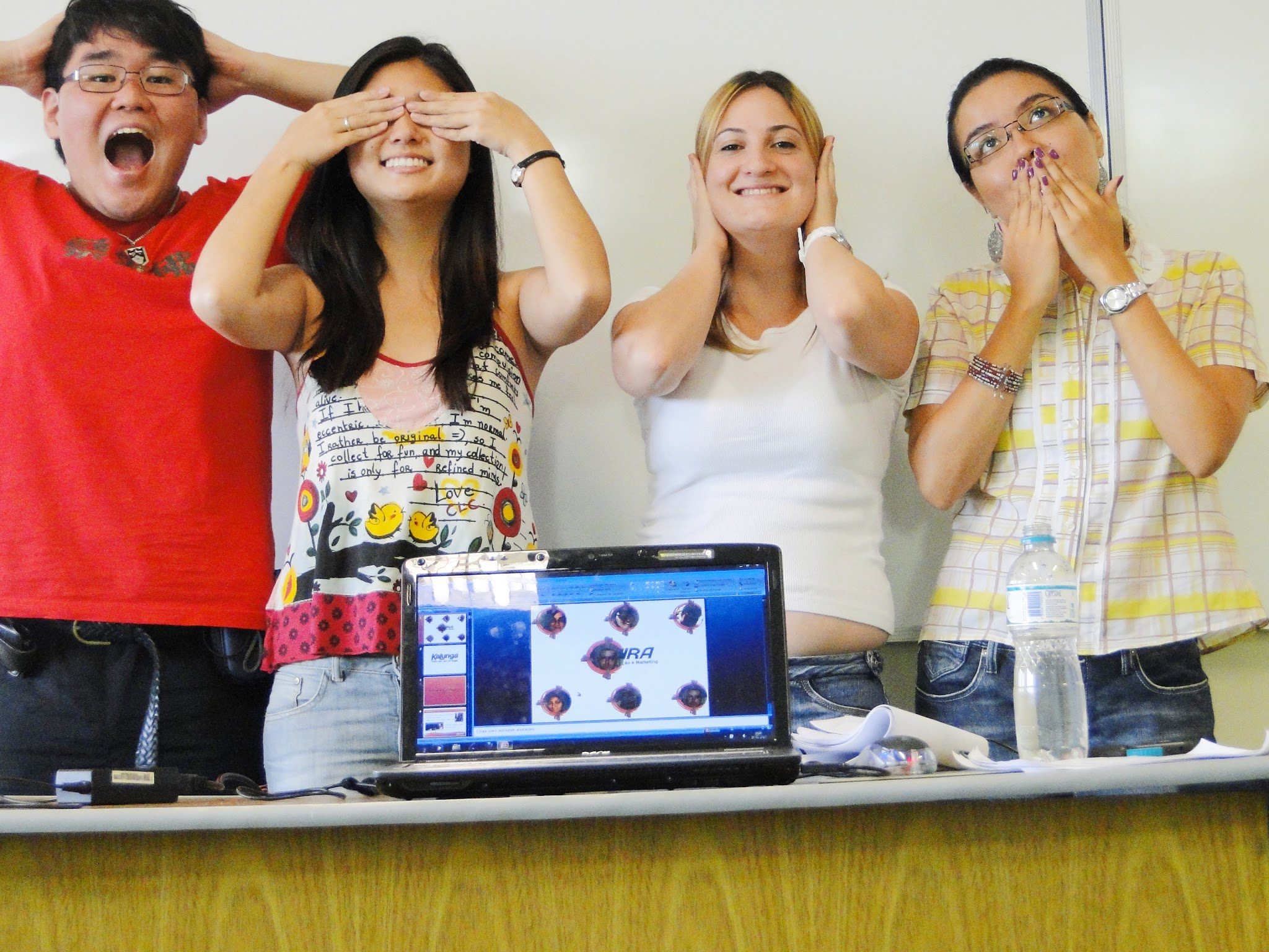 Eu, Emily, Clis & Crisela