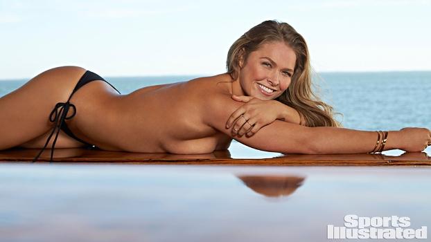 lutadora de MMA Ronda Rousey fotos nuas,mostra os seios,Fight Ronda
