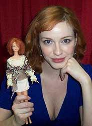 Christina Hendriks es fan de Barbie, como la mayoría de nosotras, desde pequeña