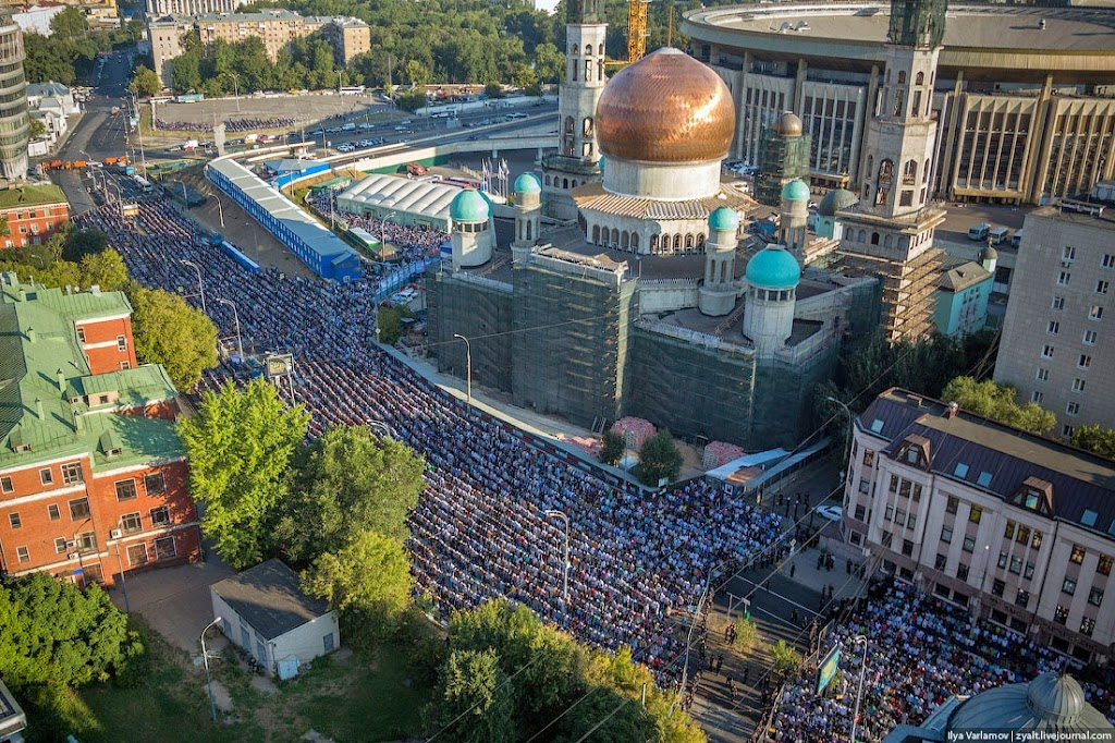 Ураза-байрам в Москве.
