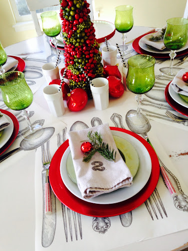 paper runner, red and lime green tablescape Christmas