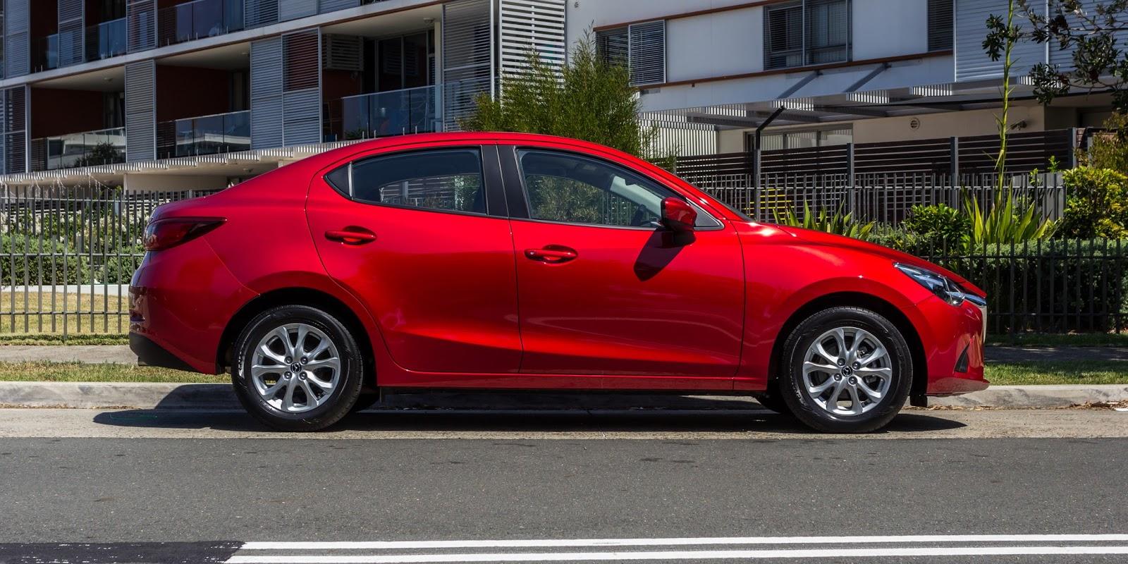 """Mazda 2 được xem là phiên bản chưa """"lớn"""" của Mazda 3"""
