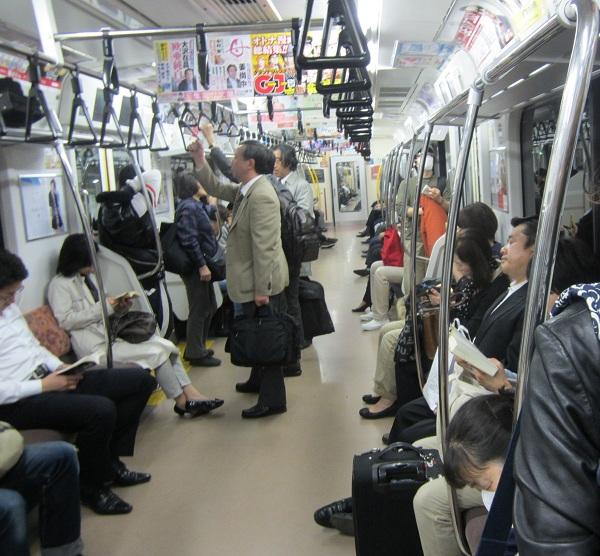 Vì sao người Nhật không nhường ghế cho người già?