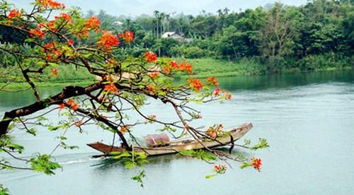 Tuyển chọn thơ lục bát Sông Hương hay nhất