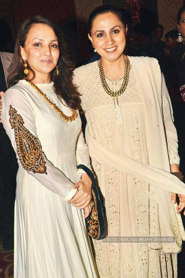 Promila Bahri (L) and Rani Anand during the launch of Jaguar XJ, in Delhi.<br />