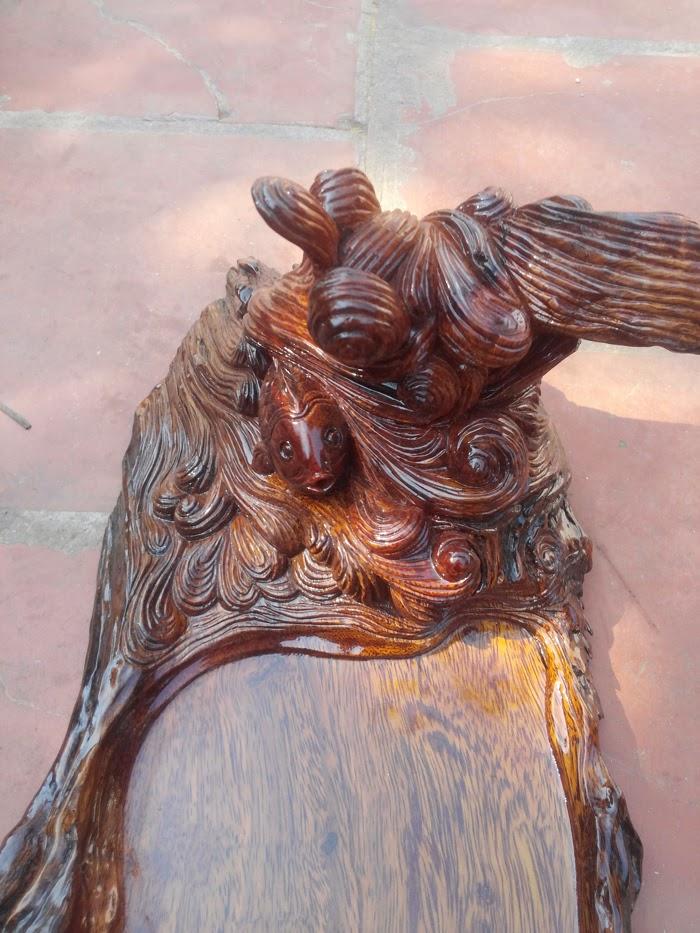 Khay trà sông Hồng nổi sóng gỗ lim ta Bắc Cạn