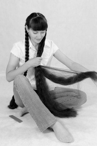 Girl model Braiding long braids tresses long plaits hairstyle