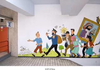 Paredes Predios com pinturas comicas - Bruxelas