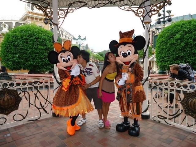 Mickey and Mini in Disneyland Hongkong