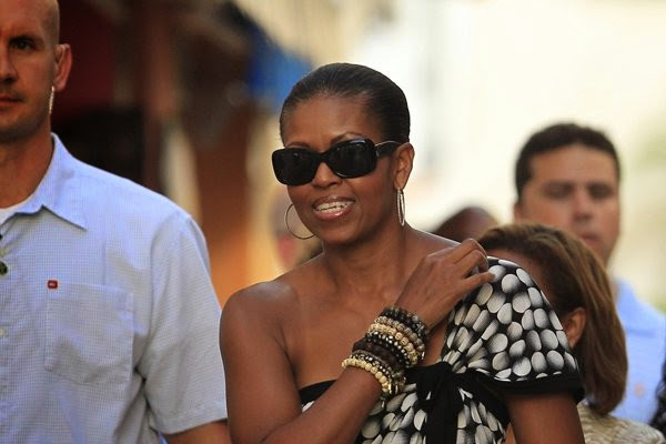 michelle_obama_in_ray_ban_sunglasses