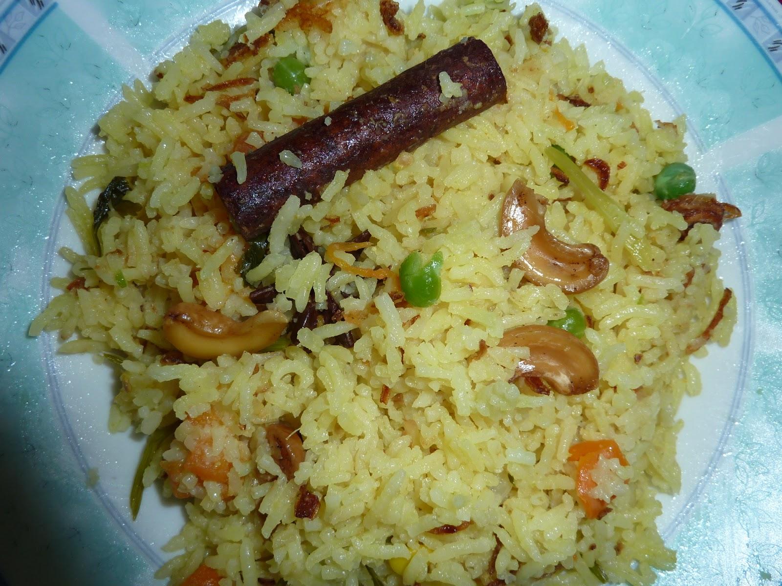 Apa sahaja Azuwar...: Nasi Minyak