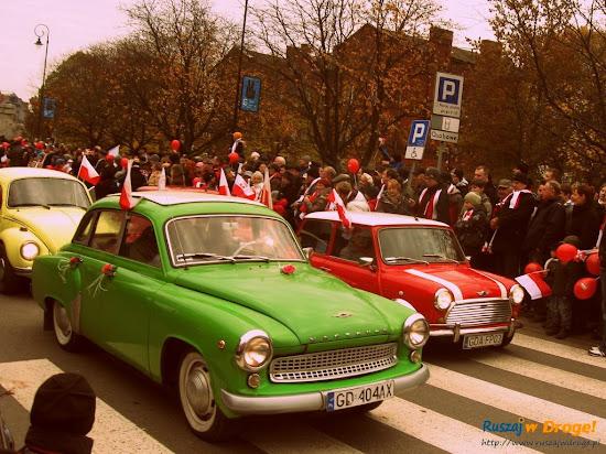 zabytkowe auta na paradzie