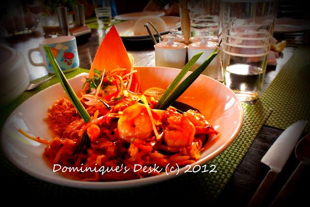 Fried seafood Kwey Tiao