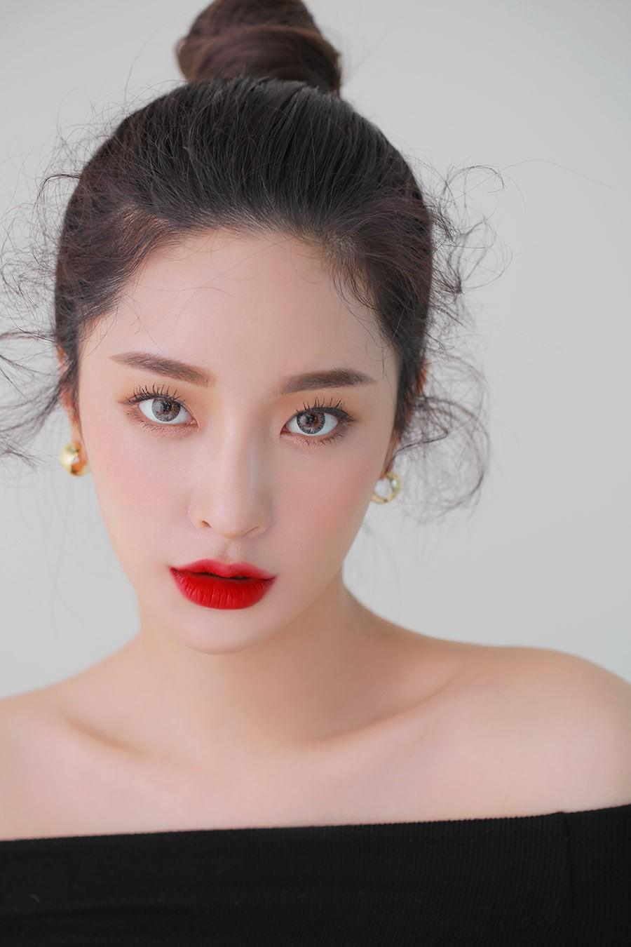 Son kem 3CE Soft Lip Lacquer màu Change Mode (đỏ lạnh)