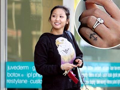 Brenda Song Engagement Ring Wearing