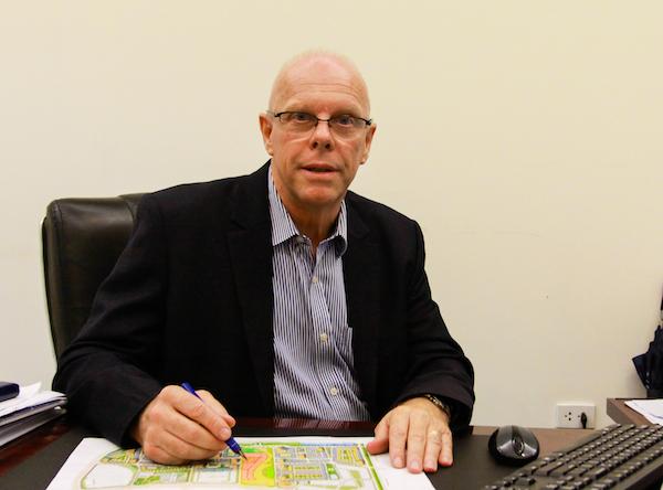 Ông Stephen Evans
