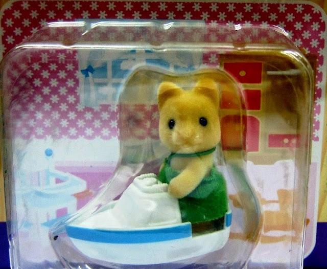Đồ chơi Chó con Maple Dog Baby lái thuyền là món quà mơ ước dành cho các bé