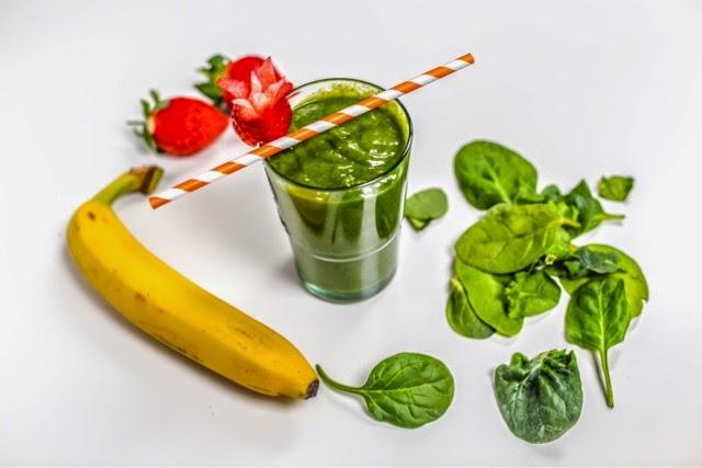 spinach  baobab powder moringa wheategrass coco hydro vegan gluten free raw