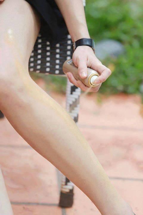 Tất phun chân dùng có tốt có gây hỏng da ?