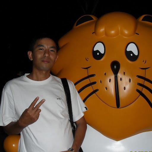 Tin Shwe