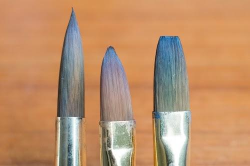 Collapsible Prolene Plus Size 10 Pro Arte Retractable Flat Brush