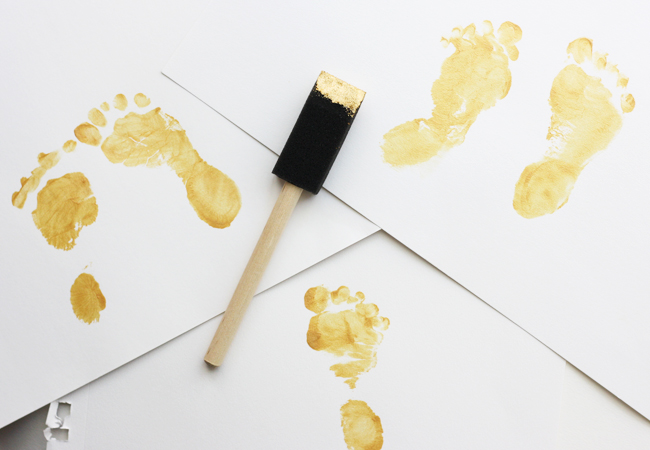 gold baby feet diy 4