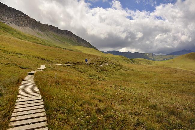 gr5-mont-blanc-briancon-petite-berge-sentier.jpg