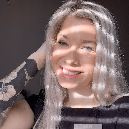 Kay Leigh Photo 22