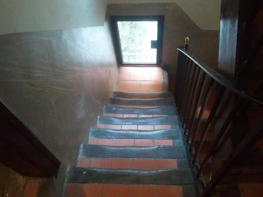 Trappan ner från vår lägenhet