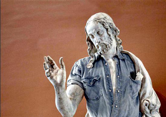 Obras maestras de la escultura con look hipster 3