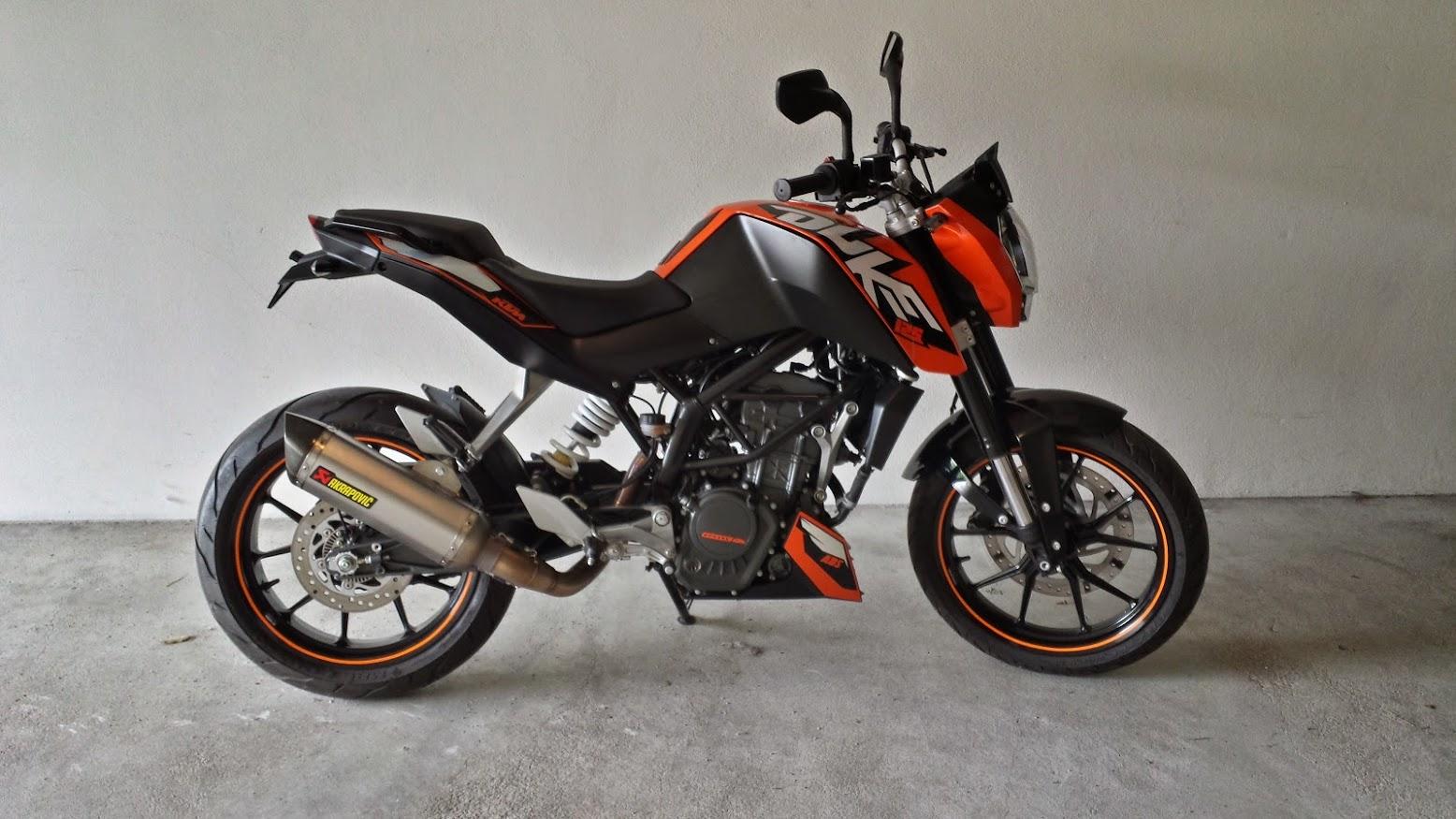KTM Duke 125 ABS 20140705_125423_Richtone%28HDR%29