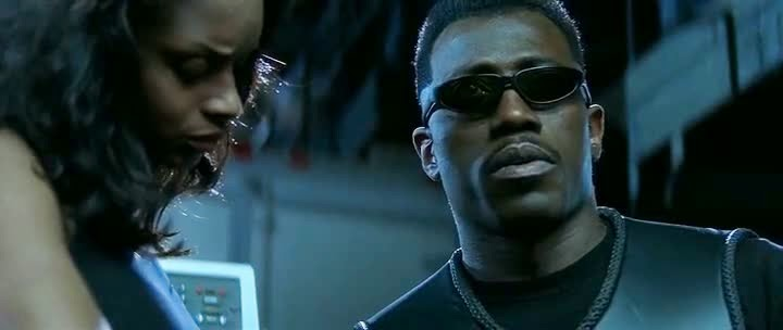 Free Download Single Resumable Direct Download Links For Hollywood Movie Blade (1998) In Dual Audio