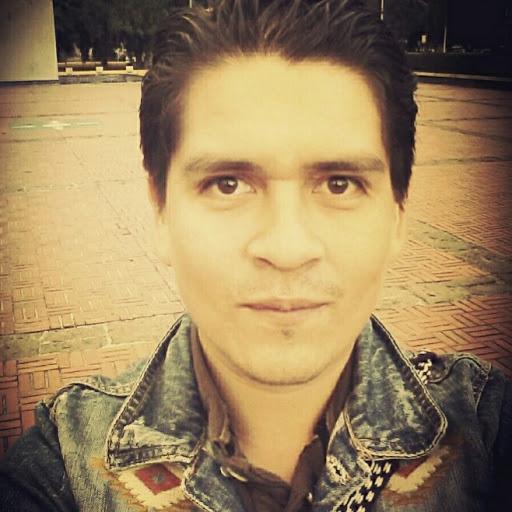 Fausto Rosales